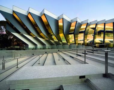 دانشگاه ملی استرالیا – Australian National University